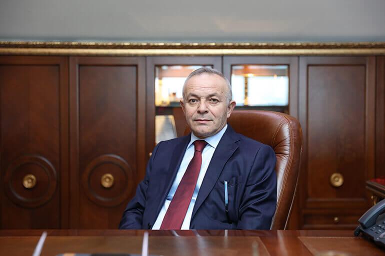 Öner Hekim Yönetim kurulu Başkanı